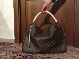 Foto Borsa Louis Vuitton Artsy